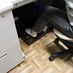 机の下にもピッタリなメトロフットヒーター♪